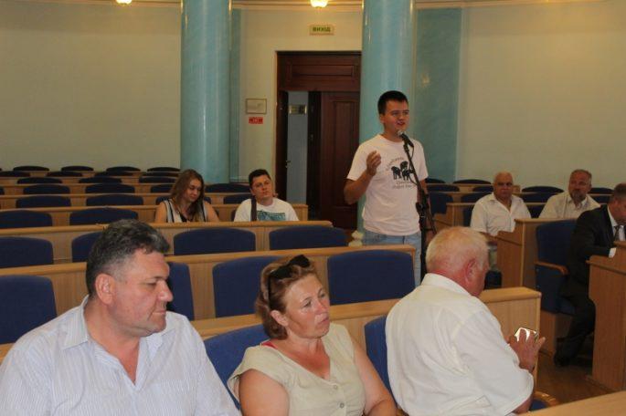 Розглянули питання добровільного приєднання сільських рад до діючих об'єднаних територіальних громад1