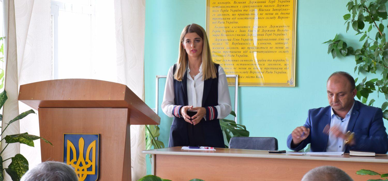 Лариса Білозір відвідала засідання сесії Вапнярської селищної ради Томашпільського району.