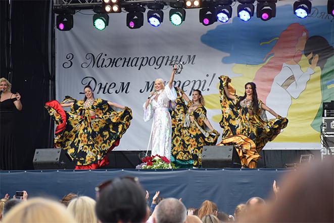 Концерт-присвята матерям «Дякую за життя!» в Шаргороді