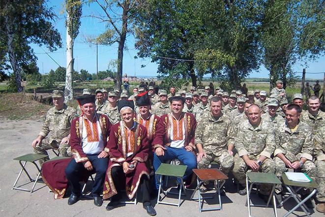 Вітаємо військових зв'язківців зі святом!