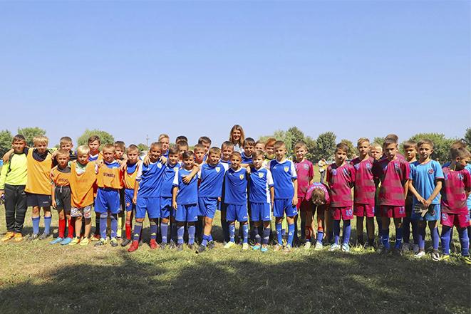 Вітаю команду вапнярчан з успішною участю у турнірі з нагоди Дня Незалежності, що відбувся на домашньому полі.