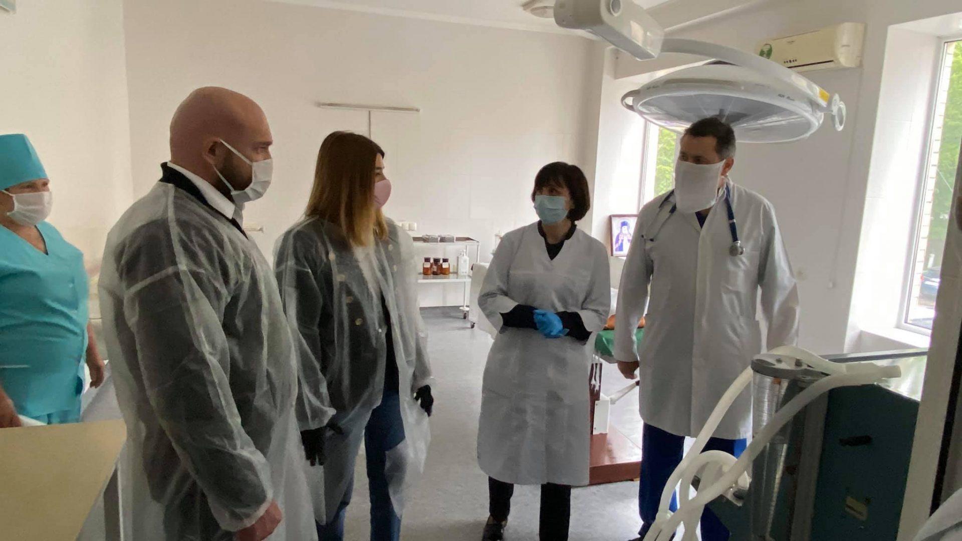 Вперше із 1976 року в Мурованокуриловецькій центральній районній лікарні оновили обладнання лабораторії.